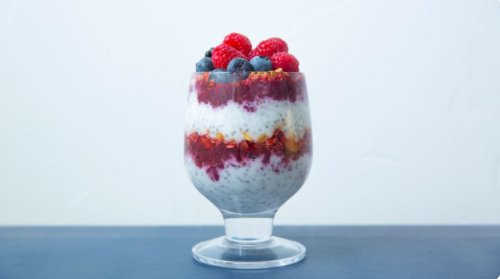 doTERRA Lemon-Berry Chia Pudding Parfait