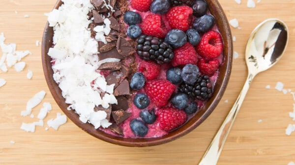 doTERRA Raspberry Smoothie Bowl