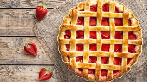 doTERRA Strawberry Rhubarb Pie